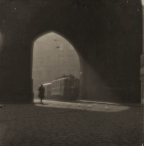 Rue de Prague 1924  © Josef Sudek